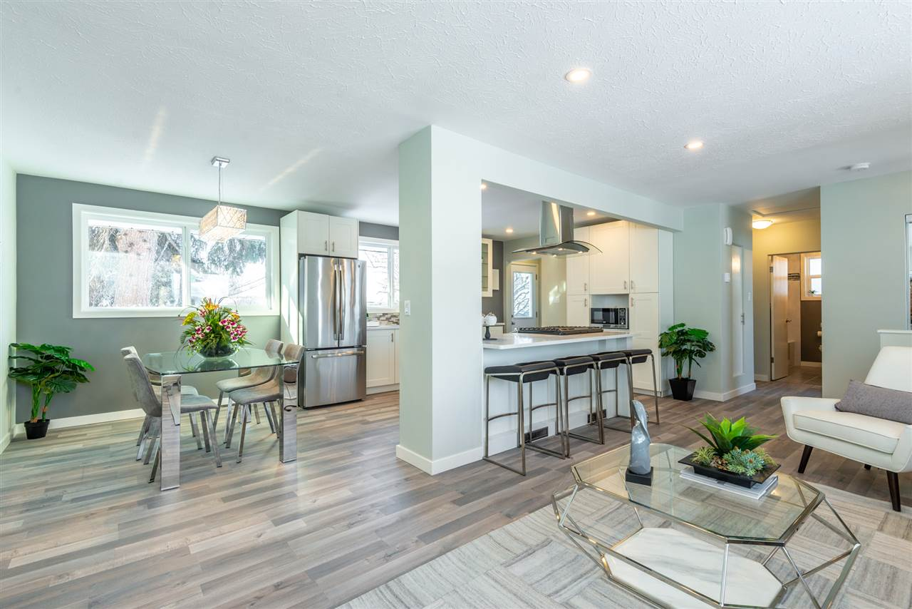 MLS® listing #E4146160 for sale located at 11724 135A Street