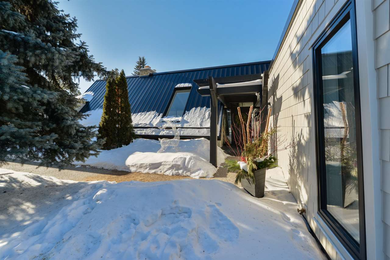 MLS® listing #E4146167 for sale located at 108 FAIRWAY Drive