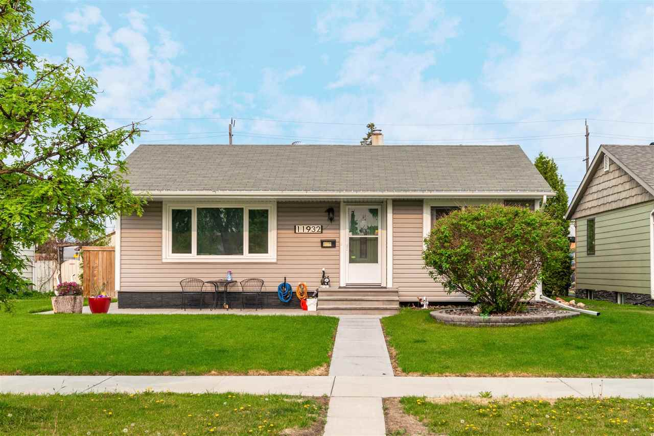 MLS® listing #E4146312 for sale located at 11932 141 Street