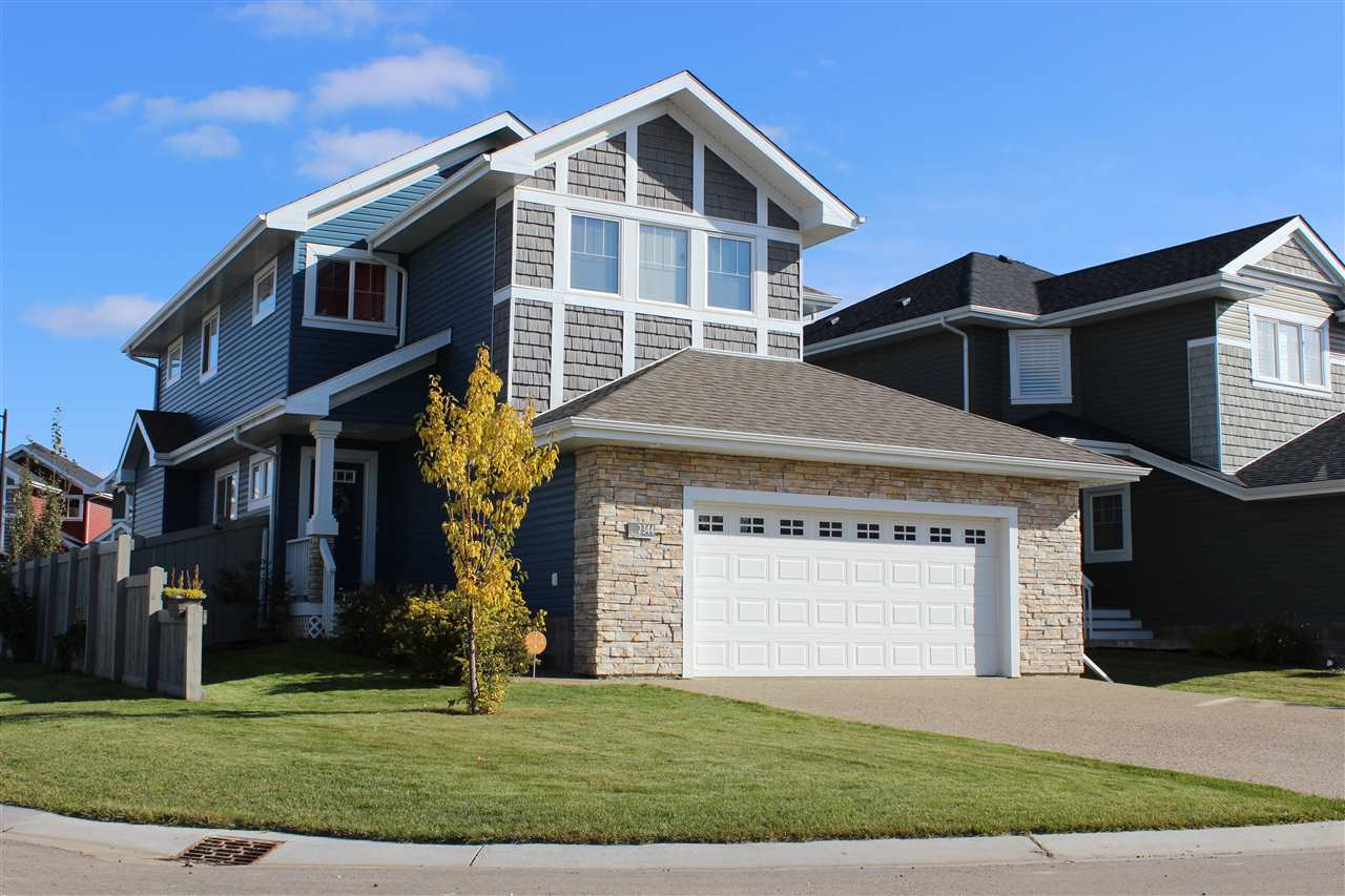 MLS® listing #E4146469 for sale located at 2344 SPARROW Crescent