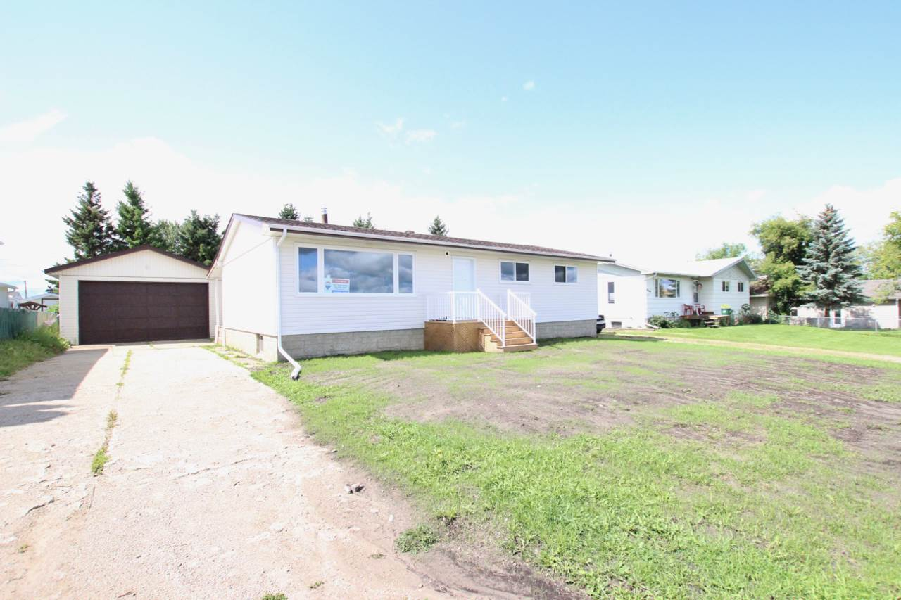 MLS® listing #E4146493 for sale located at 5106 1 Street