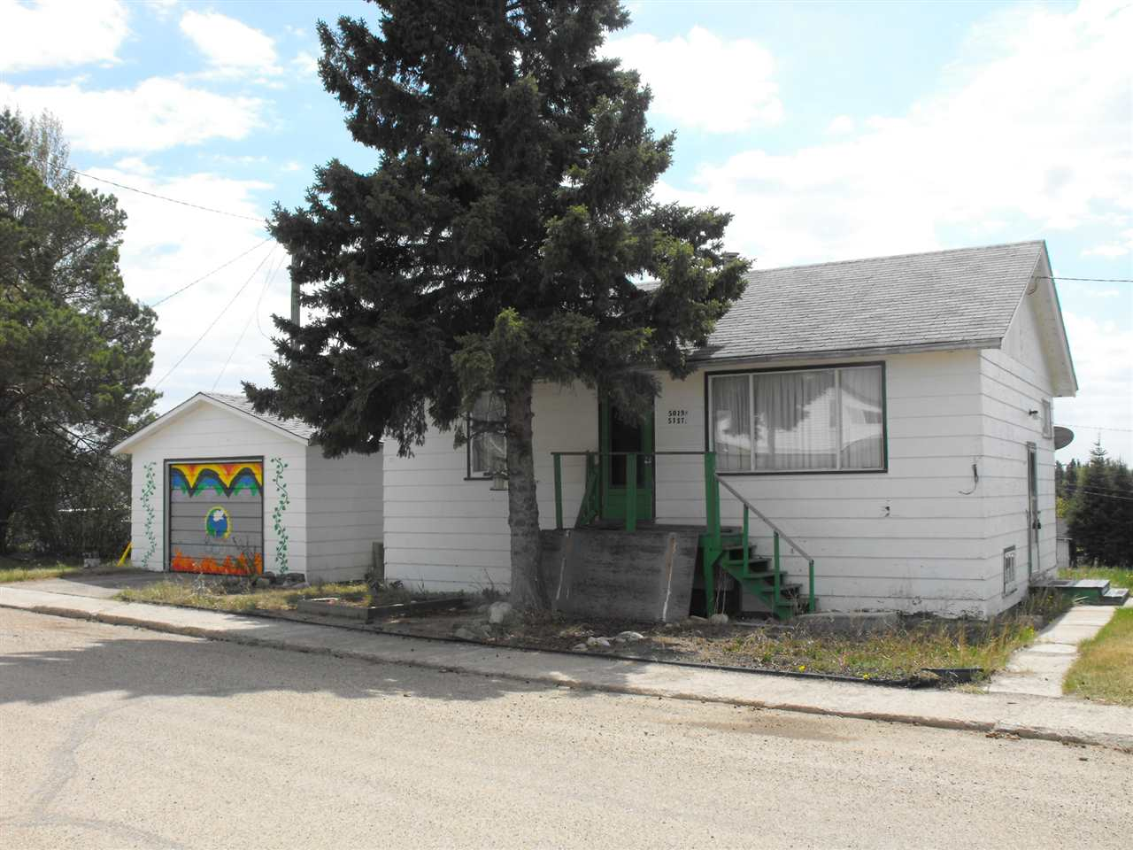 MLS® listing #E4146690 for sale located at 5019 51 Street