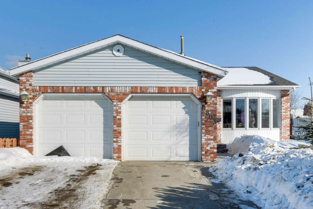 MLS® listing #E4146763 for sale located at 9803 185 Street