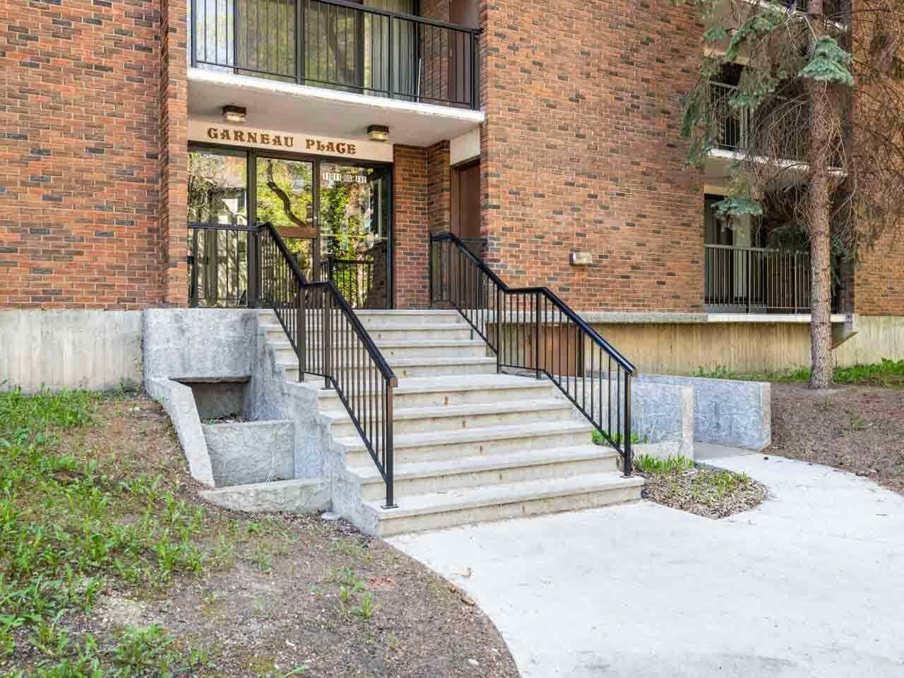 MLS® listing #E4146841 for sale located at 106 11011 86 Avenue