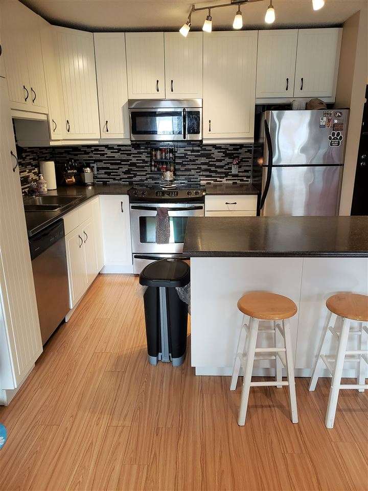 MLS® listing #E4146874 for sale located at 305 10432 76 Avenue