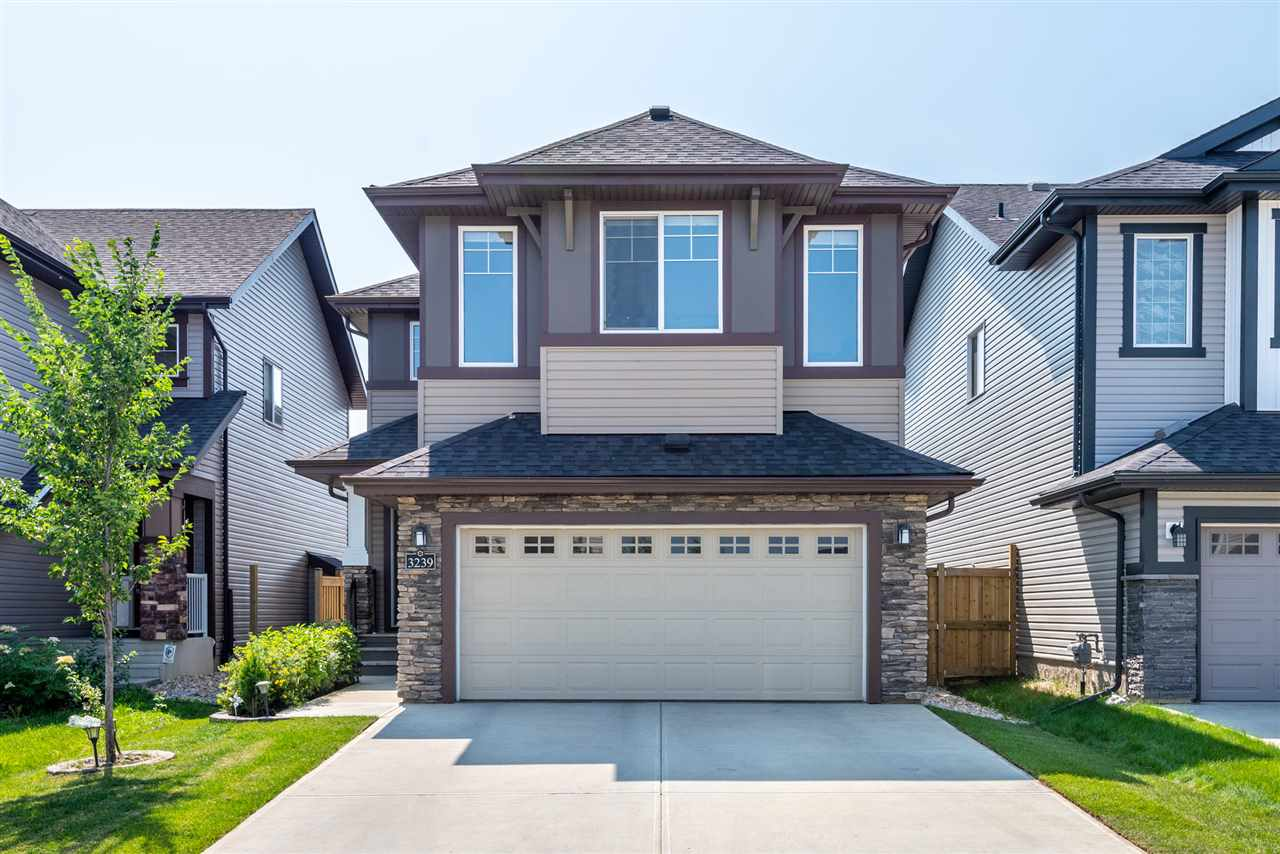 MLS® listing #E4146881 for sale located at 3239 ABBOTT Crescent
