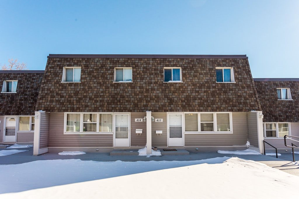MLS® listing #E4146911 for sale located at 415 VILLAGE ON THE Green