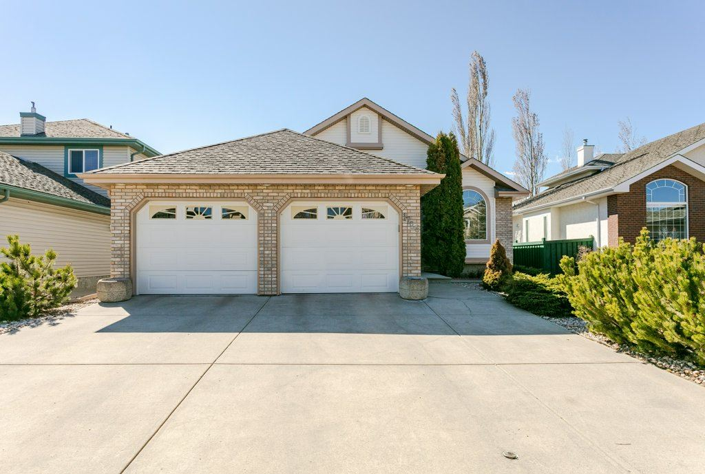 MLS® listing #E4147089 for sale located at 1726 HASWELL Cove