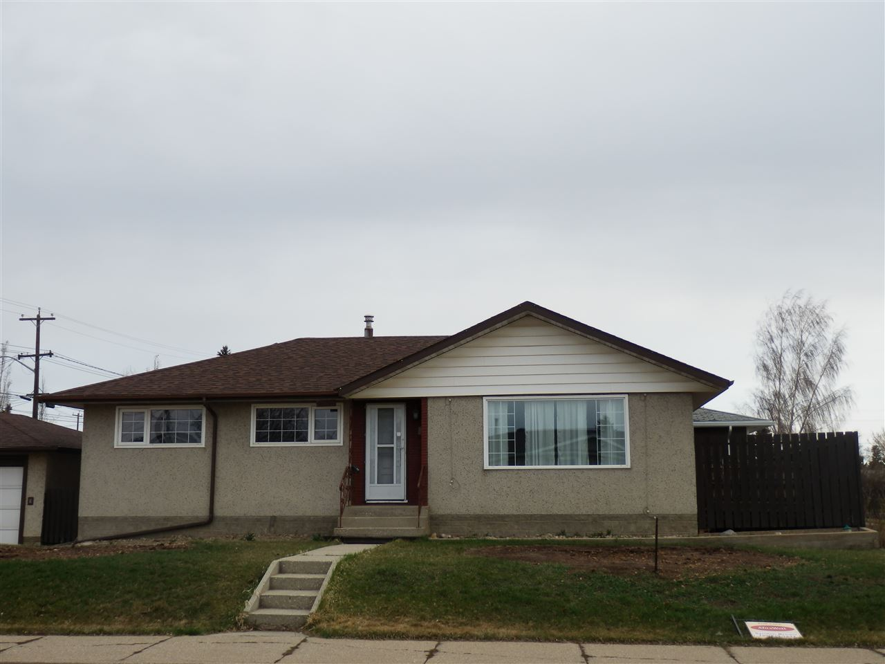 MLS® listing #E4147166 for sale located at 12104 131 Avenue