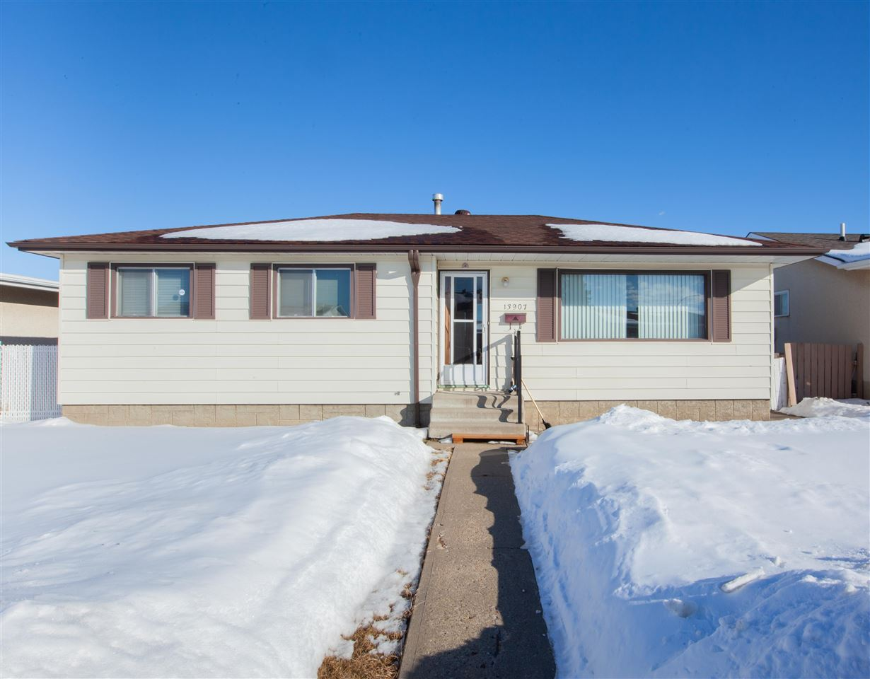 MLS® listing #E4147182 for sale located at 13907 88 Street NW