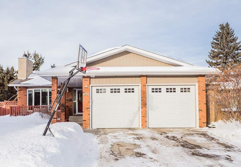 MLS® listing #E4147389 for sale located at 8136 187 Street