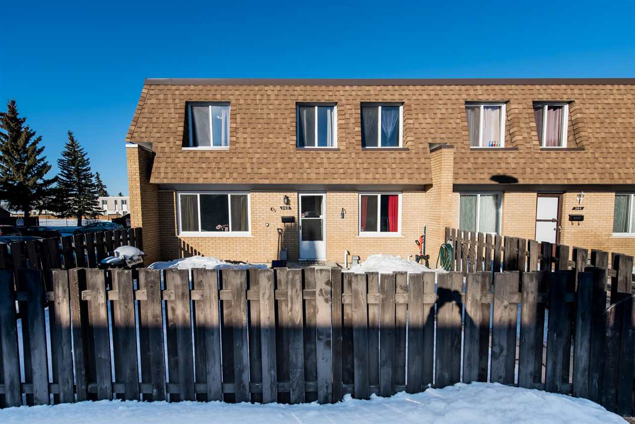 MLS® listing #E4147545 for sale located at 203 LONDONDERRY Square