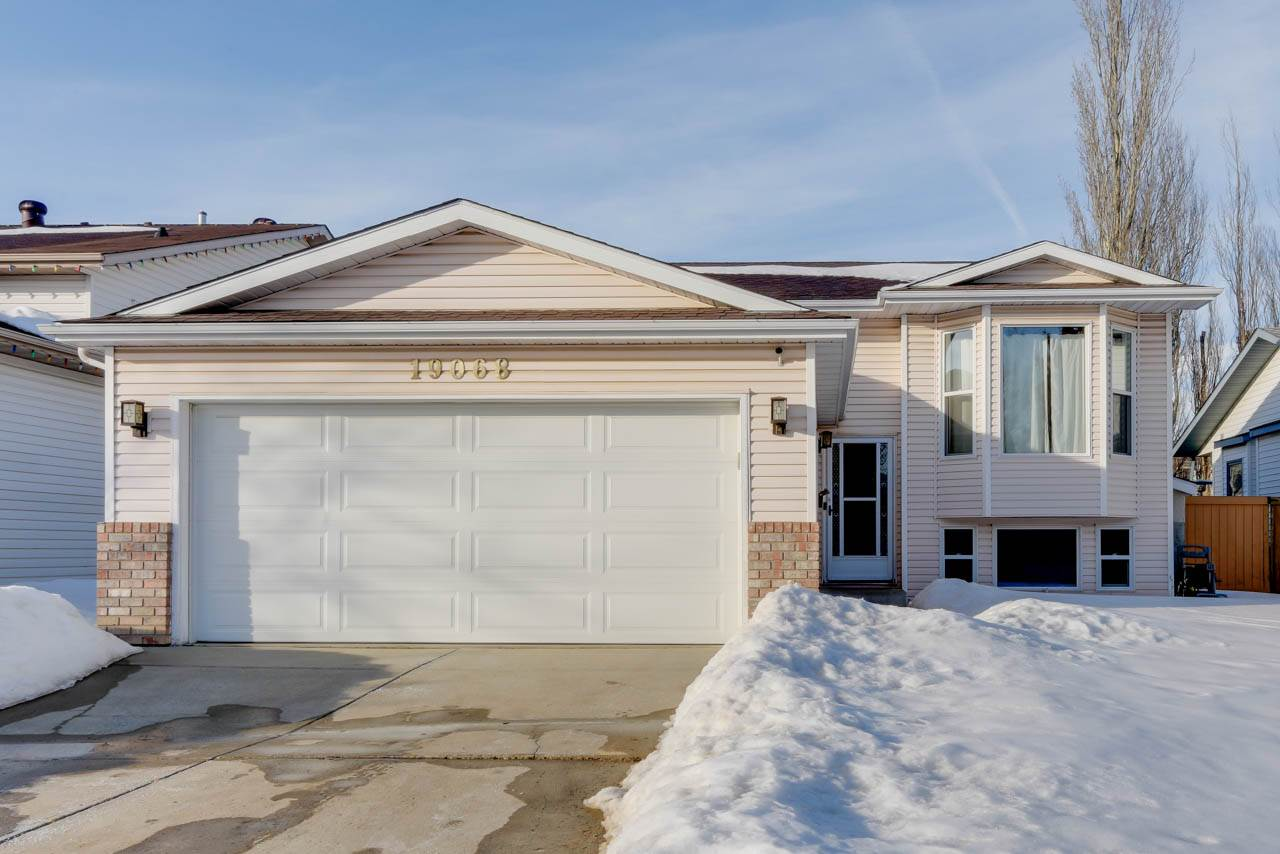 MLS® listing #E4147562 for sale located at 19068 71 Avenue