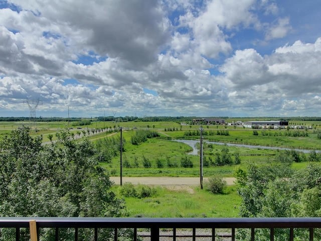 MLS® listing #E4147585 for sale located at 118 13835 155 Avenue