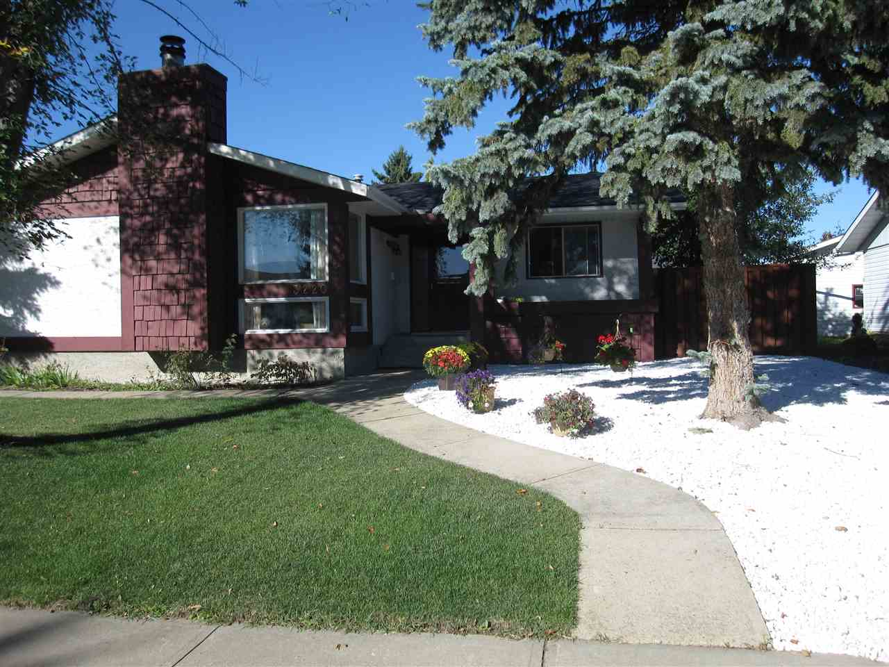 MLS® listing #E4147825 for sale located at 3220 114 Street