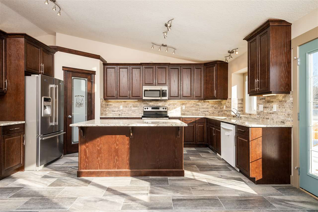 MLS® listing #E4147889 for sale