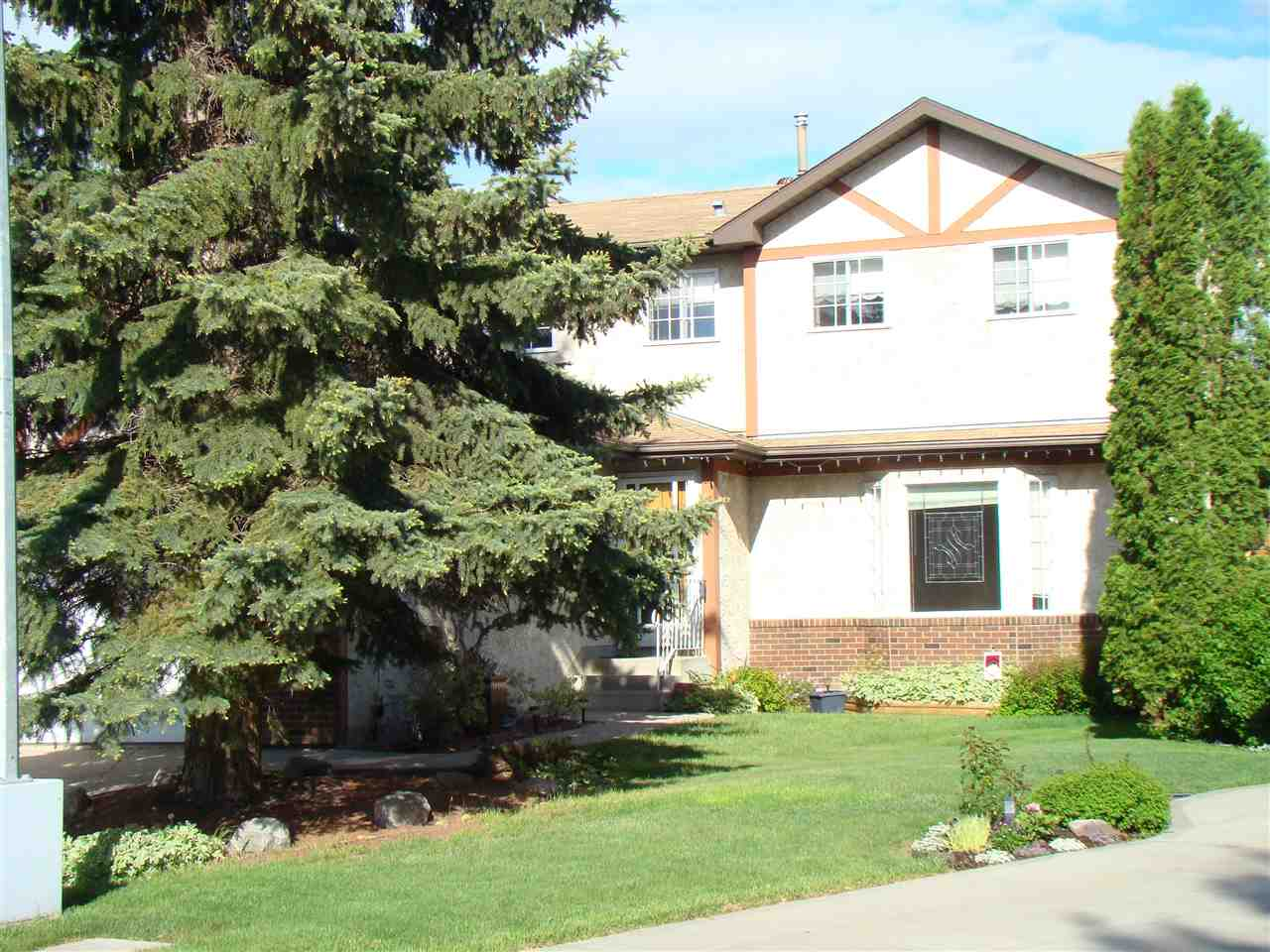 MLS® listing #E4148010 for sale located at 1003 106 Street