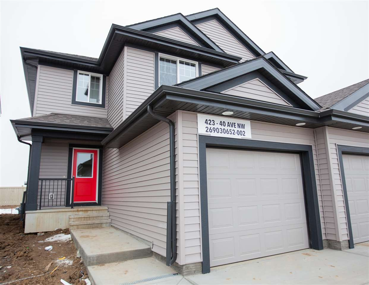MLS® listing #E4148078 for sale located at 423 40 Avenue