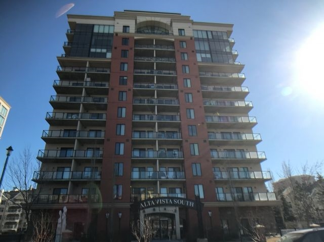 MLS® listing #E4148155 for sale located at 208 10303 111 Street