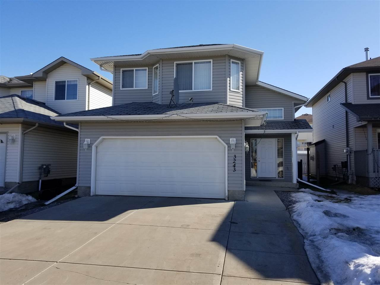 MLS® listing #E4148167 for sale located at 3243 22 Street