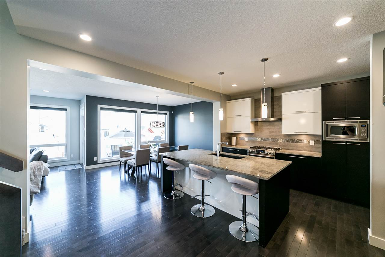 MLS® listing #E4148204 for sale located at 3912 Whitelaw Close