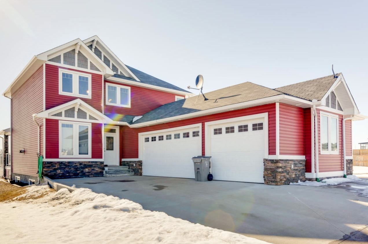 MLS® listing #E4148224 for sale located at 31 Whitetail Green