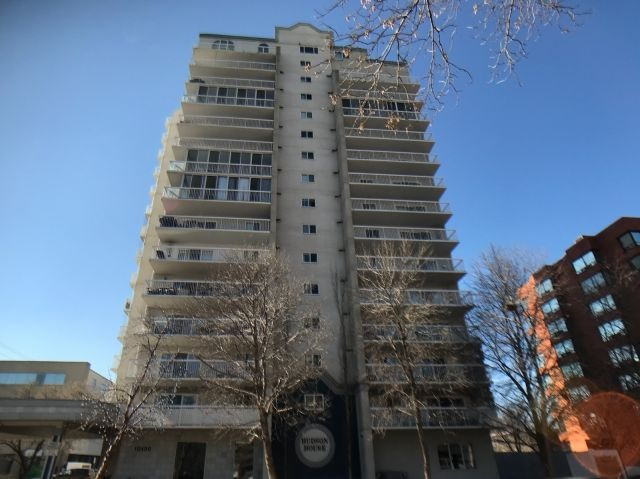 MLS® listing #E4148501 for sale located at 504 10130 114 Street