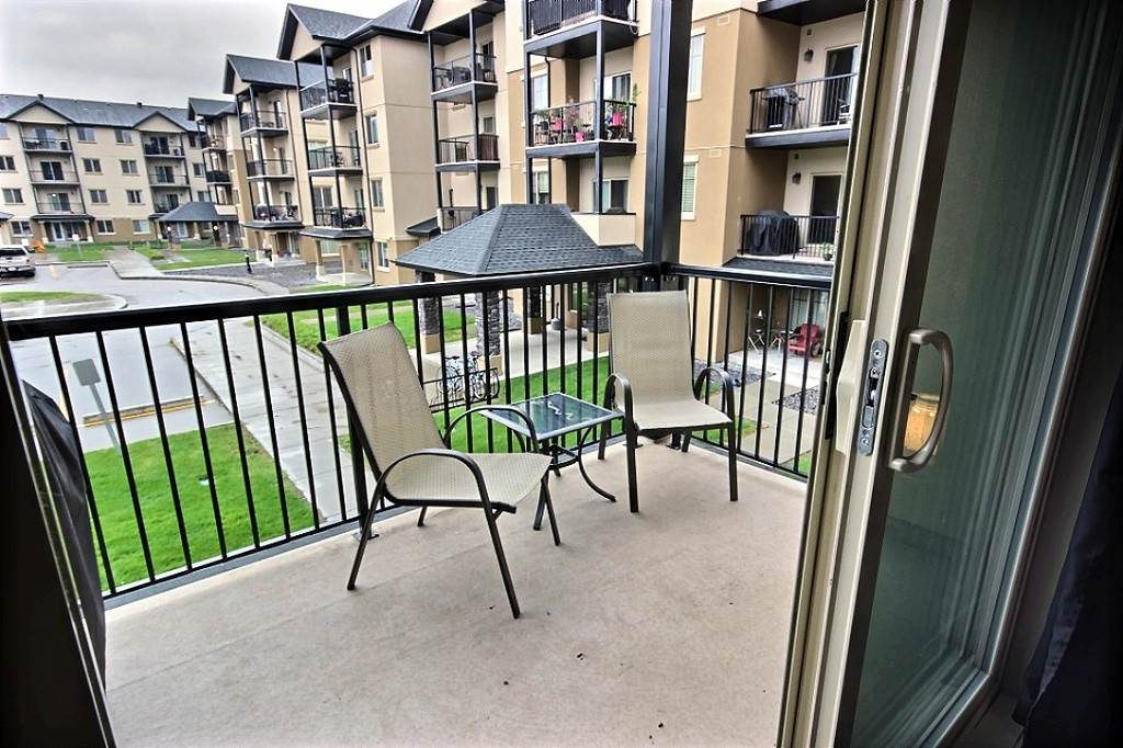 MLS® listing #E4148847 for sale located at 214 10520 56 Avenue