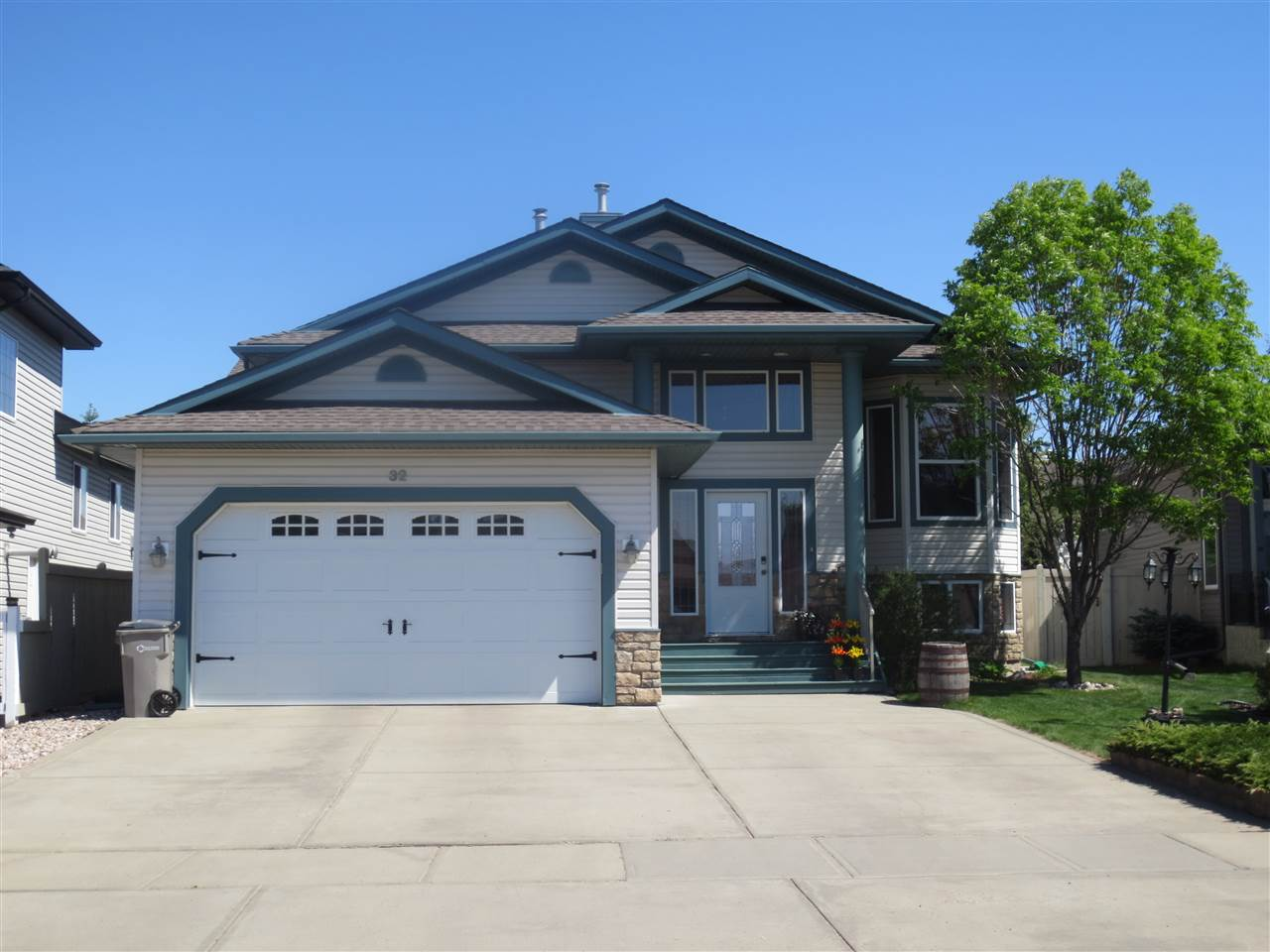 MLS® listing #E4148852 for sale located at 32 WILLOW PARK Road
