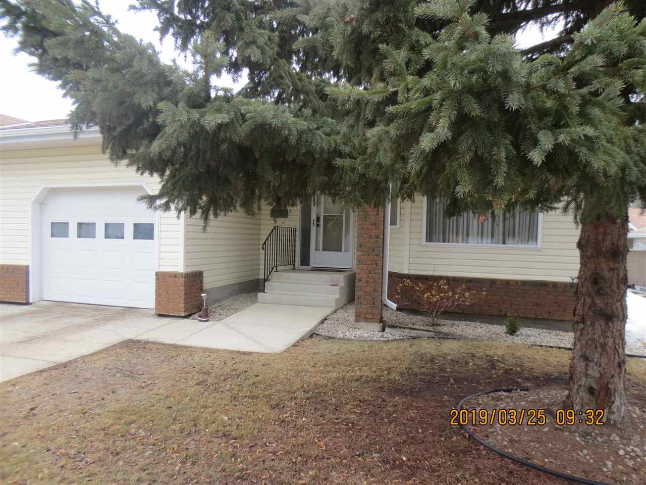MLS® listing #E4148902 for sale located at 28 903 109 Street