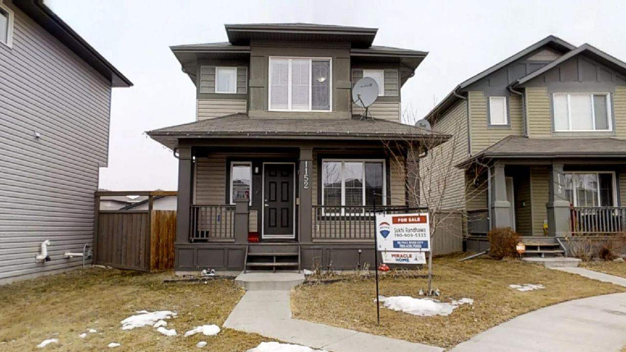MLS® listing #E4149046 for sale located at 1152 35 Avenue NW