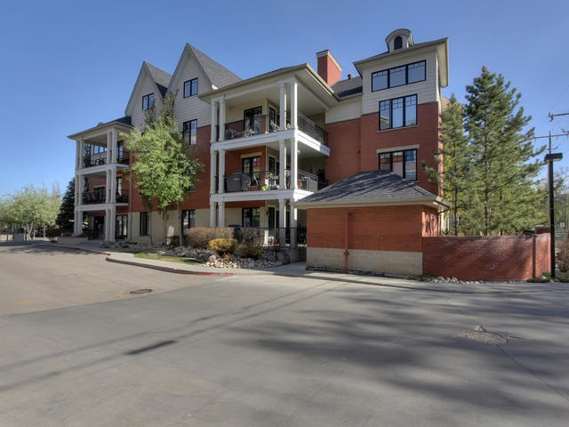 MLS® listing #E4149070 for sale located at 102 9803 96A Street