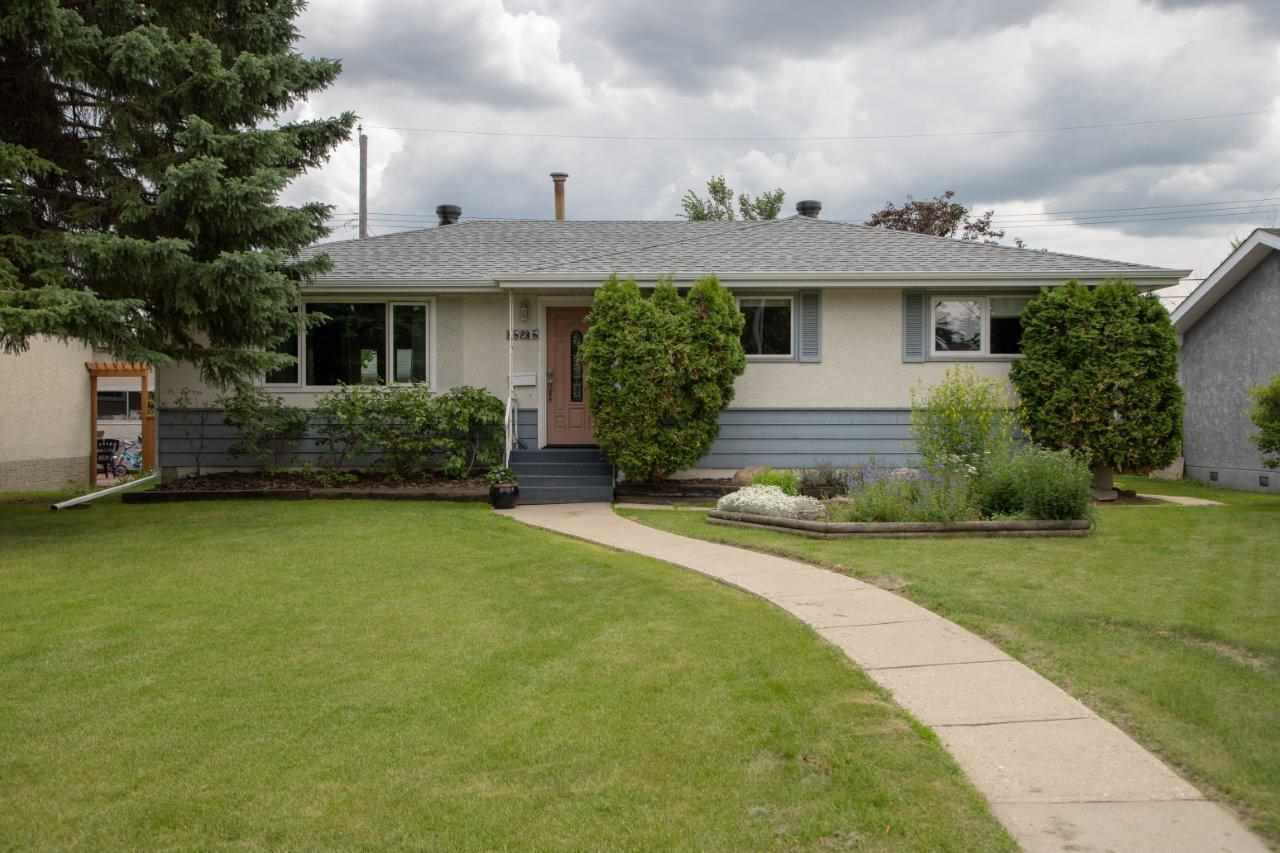 MLS® listing #E4150295 for sale located at 15215 79A Avenue