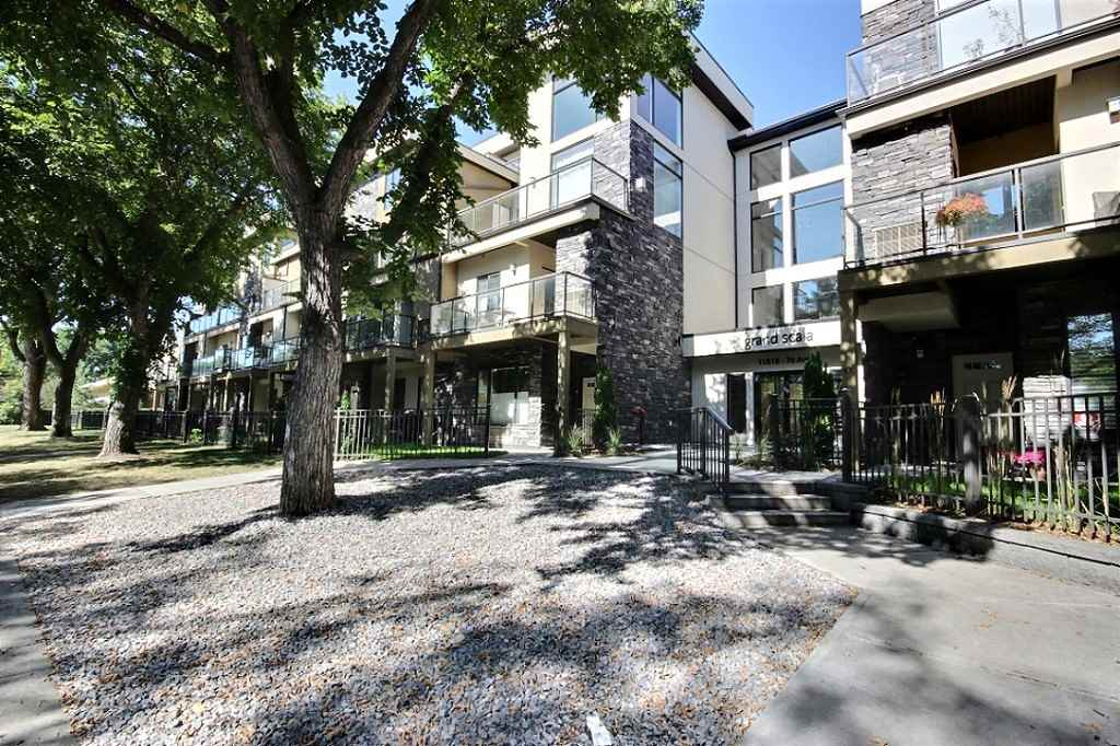 MLS® listing #E4150332 for sale located at 35 11518 76 Avenue