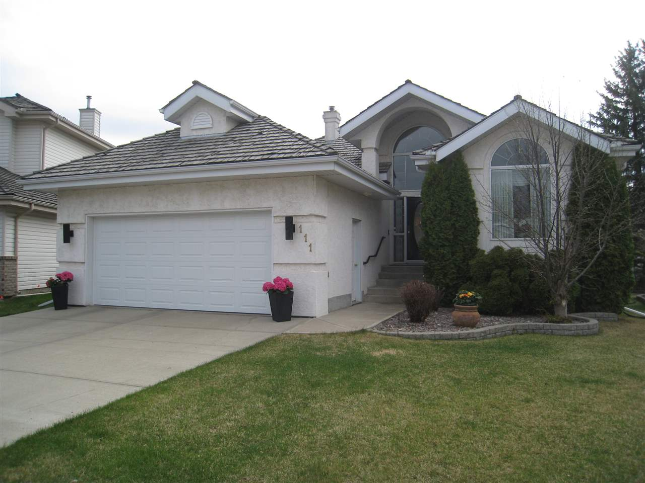 MLS® listing #E4150406 for sale located at 111 BLACKBURN Drive W