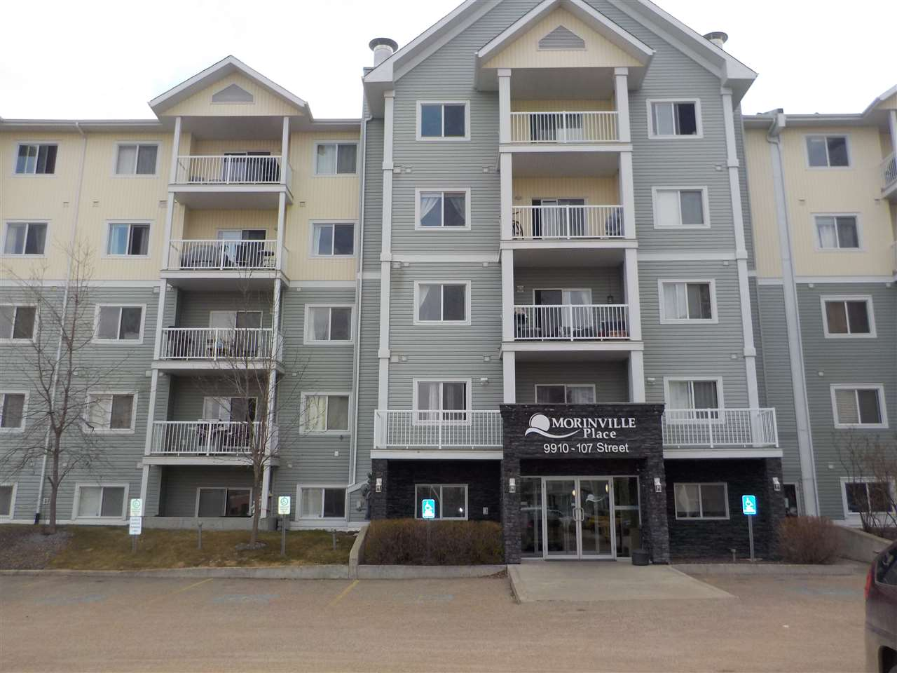 MLS® listing #E4150745 for sale located at 114 9910 107 Street