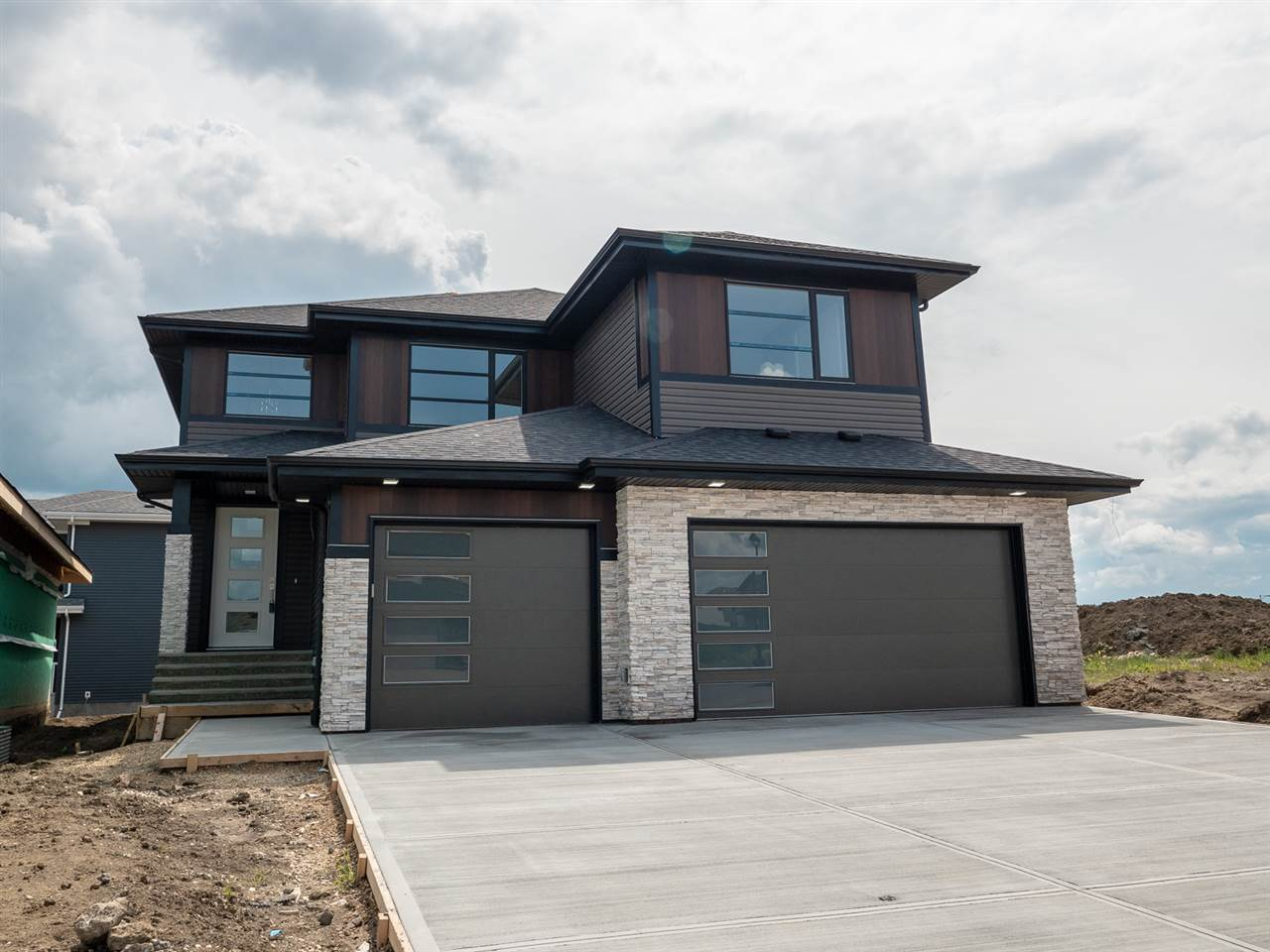 MLS® listing #E4151473 for sale located at 9432 206 Street