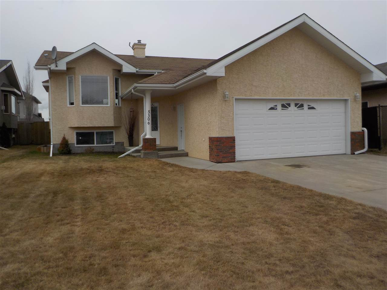 MLS® listing #E4151607 for sale located at 5306 50a Street S