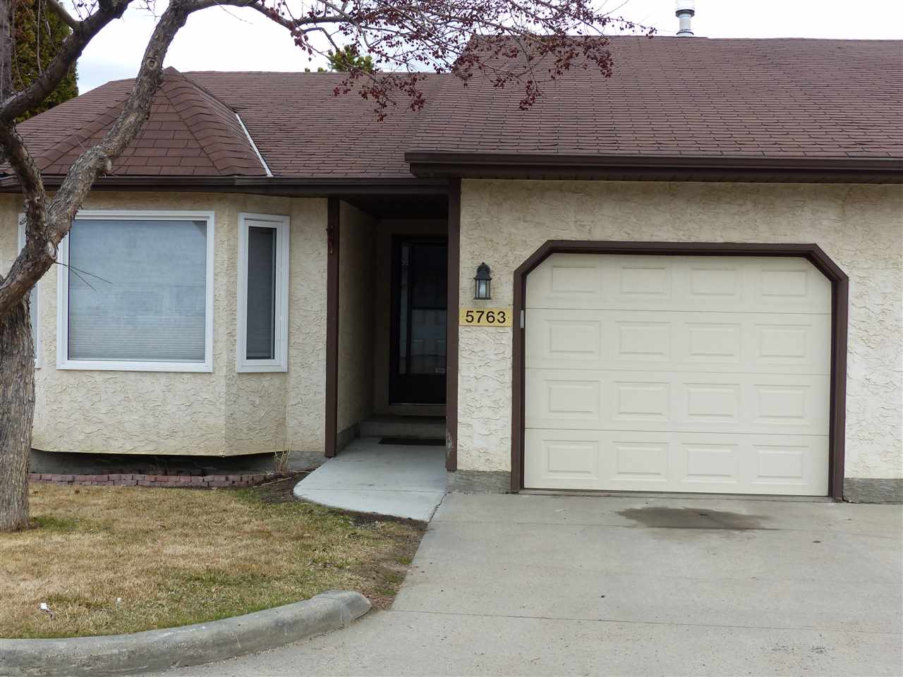 MLS® listing #E4151892 for sale located at 5763 189 Street