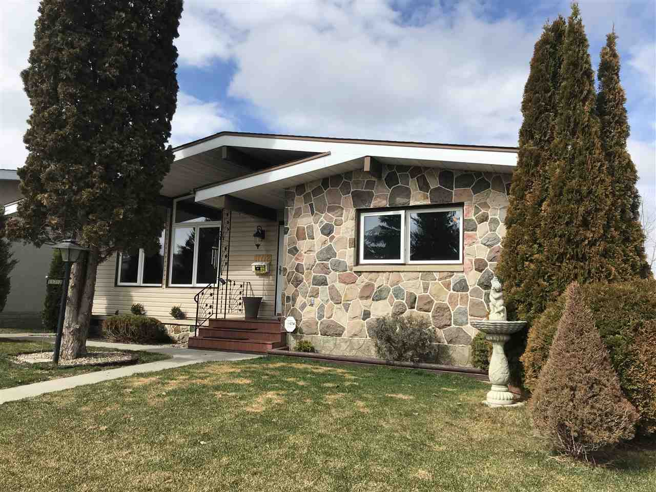 MLS® listing #E4152234 for sale located at 11712 39A Avenue NW