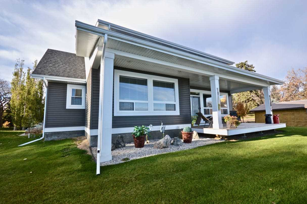 MLS® listing #E4152253 for sale located at 17 Castle Island Road