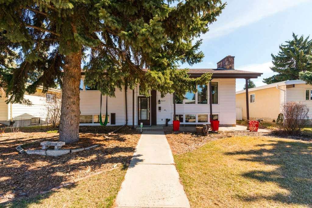MLS® listing #E4152625 for sale located at 4607 117 Street