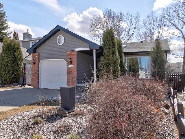 MLS® listing #E4152719 for sale located at 750 WELLS POINT Lane