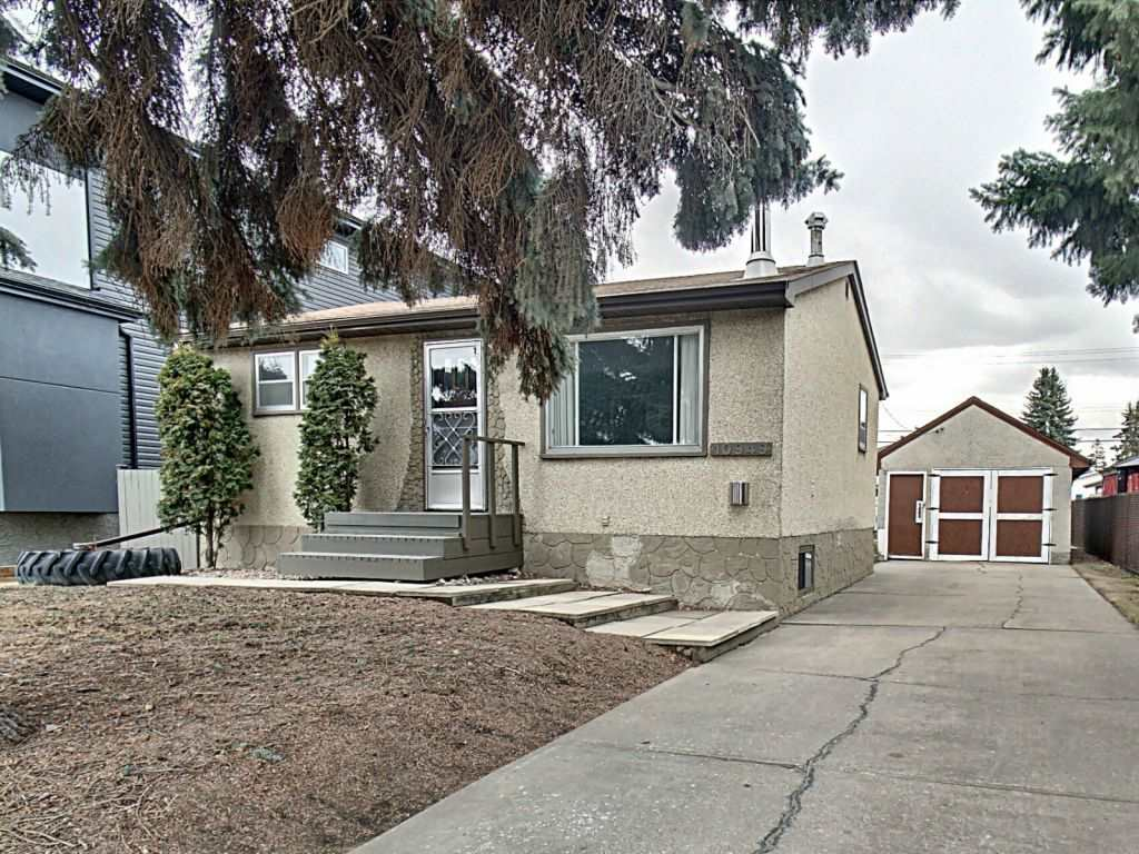 MLS® listing #E4152867 for sale located at 10949 154 Street