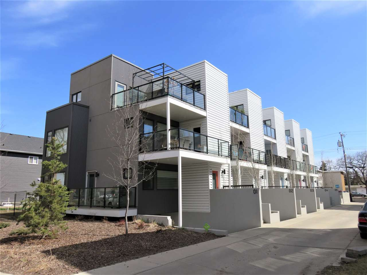 MLS® listing #E4152900 for sale located at 2 10307 120 Street