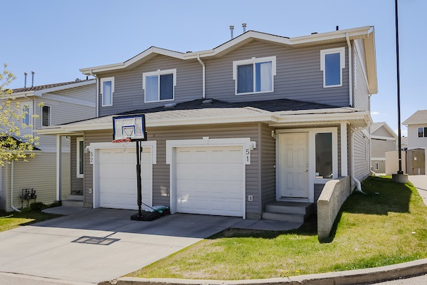 MLS® listing #E4152922 for sale located at 51 130 HYNDMAN Crescent