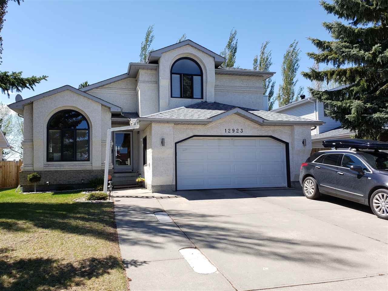 MLS® listing #E4152984 for sale located at 12923 157 Avenue