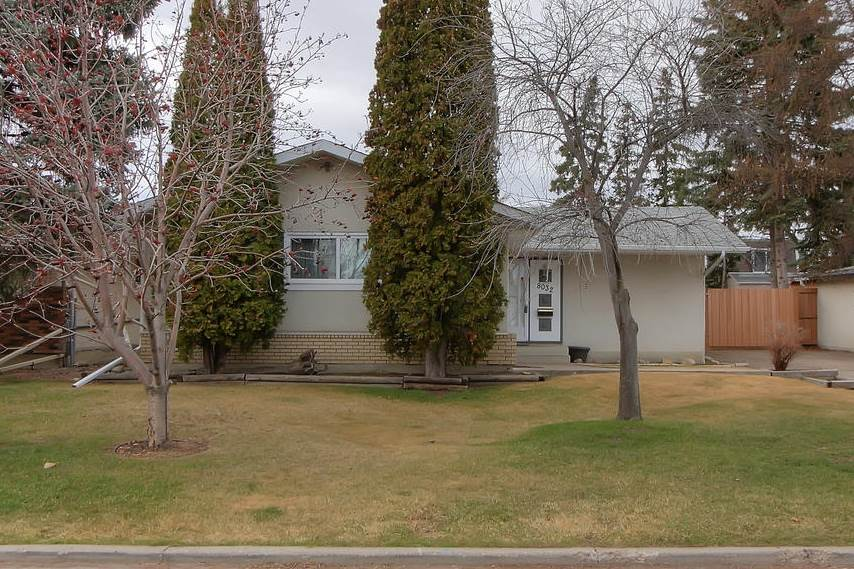 MLS® listing #E4153020 for sale located at 8032 174 Street