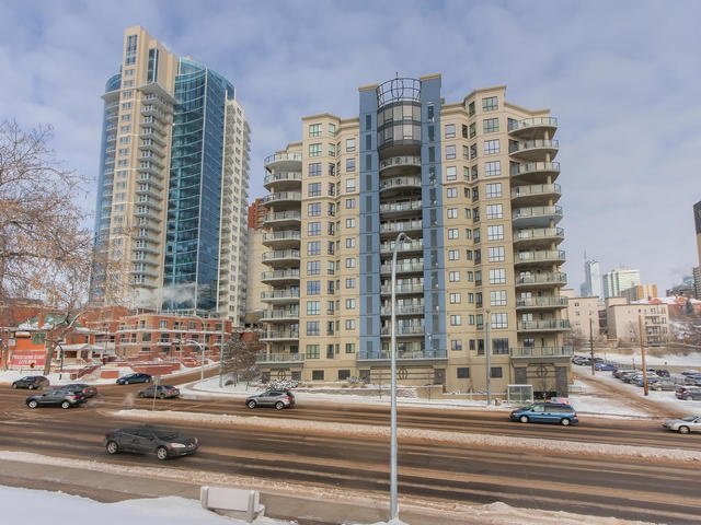MLS® listing #E4153098 for sale located at 206 9707 106 Street