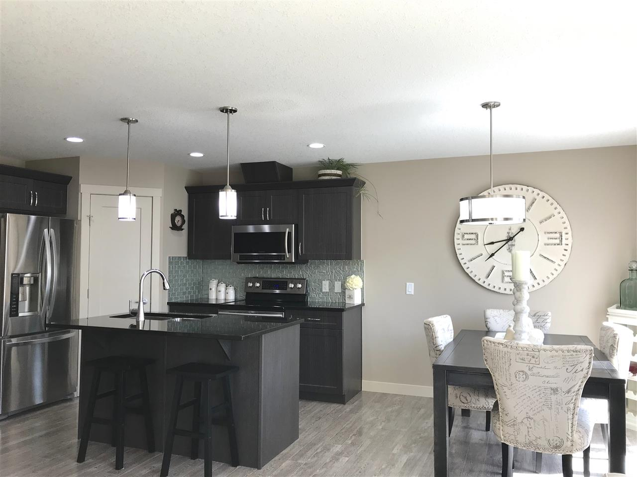 MLS® listing #E4153213 for sale located at 2723 SPARROW Place